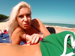 Amateur Outdoor Risky Blowjob on Public Beach. Another day in Paradise