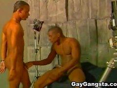 Horny Black Gay Chupado y follado a su novio