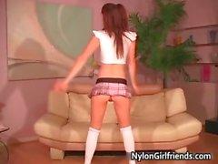 Schoolgirl sexy che di Heather Vandeven part2