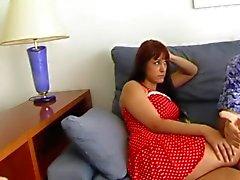 Ehegatten verzweifelten Schulden , seine Frau zu bezahlen