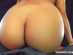 Hot Latina dá uma Tearful Deepthroat, Titfucking & Facial.