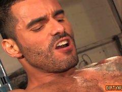 Lihaksen homo peräaukon ja ankaran sormen