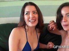 Harika genç GF'leri çıplak alma ve asıl lezbiyenlerden gibi sevişirdik