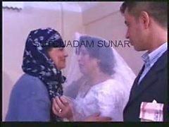 Türkische Hochzeit - Fucking Durch Jungfrau Maria -Frau