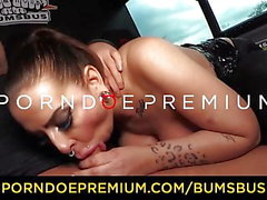 BUMS BUS - Hot kurvige MILF Hardcore-Sex-Fest in der van