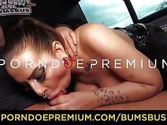 BUMS BUS - Горячий соблазнительный MILF секс хардкор феста в фургоне