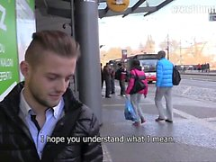Direkt vor der Eingang zu einer U-Bahnstation , ich je getroffen habe