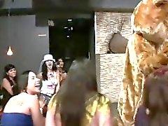 dancer adquire um boquete no clube