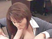 bomba sexy di con suocera e di la sua figa rosa penetrata da un ampio cazzo di