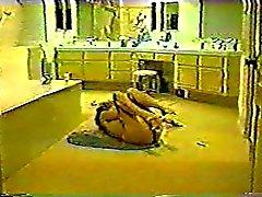 Cachés came - Femme de Masturbates dans salle de bain