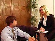 Pijo Oficina la señora tiene sexo con a su esclava