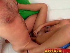 Busty транссексуал Paola получает стучал пострадала от красивый Акселя Луче