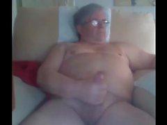дедушке маркетинговая на вебкамеру