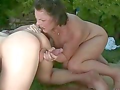 Granny in extreme pissing and blowjob action