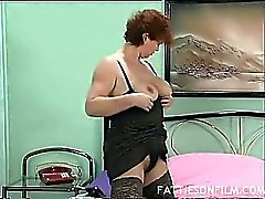 Horny Mature Plumper Jilling It