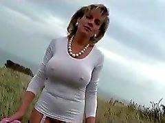 Lady.S Außen nackt in der Öffentlichkeit