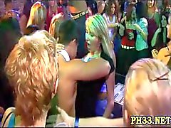 Harte Kern Gruppen-Sex in Nachtclub
