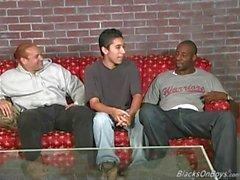 Amatören homosexuella Dude skickas kuk i röven Andra svarta män