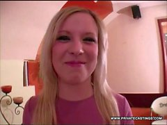 Lolly Blondes Casting était une fellation en POV