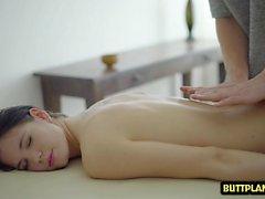 Heißer Pornostar Blowjob und Massage