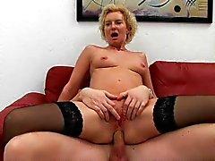 Coq puma Mature fucked l'orgasme