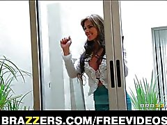 MILF Esperanza Gomez fucks her neighbour