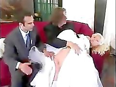 Een pak slaag voor de bruid
