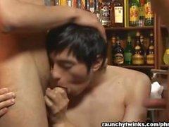 Gay THREEWAY paikkaa Bar