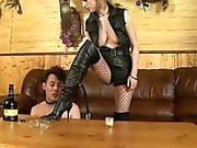 Due le amanti distruggere schiavo del sesso