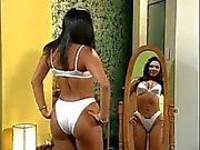 мейнстрим Latina Кугуар актриса сатин бюстгальтер колготки