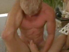 Hot MMF Bisexuell mit Big Dick Bottom
