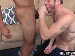 Latin Homosexueller Analsex mit Cumshot