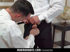 MormonBoyz-Monsterin kukko suoraan mormonipeleille