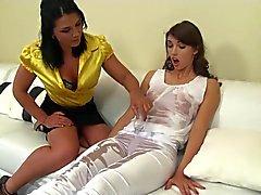 Lesbian de massage S3