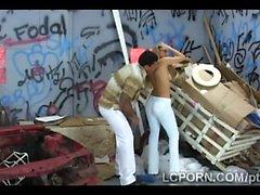 Bionda dea della brasiliani scopa la borchia di samba brutta bocce