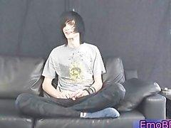 Teenager Homo emo verdammte eine Fleshlight Teil4