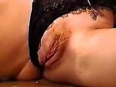 Tied Up Mujer En Ropa Interior