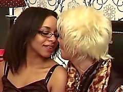 casting lesbo