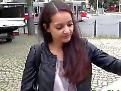Reales recogió adolescentes del euro separación públicamente