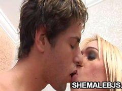 Shakira Mayas Transvestit Blowjob Programm zum Austausch von