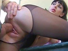 il sesso il pantyhose nel cucina