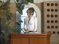 Sexy Büro Tranny Mädchen Fahrgeschäfte