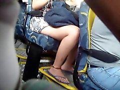 Подглядывание в автобусе 1