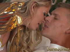 DaneJones Hot di natale angelo mette regalo particolare