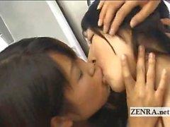Trene Çılgın halkla Japonlar lesbian öpücük Orgy