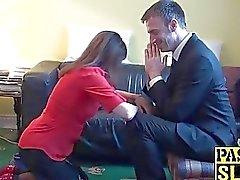 Divorced fällige Dame Pandora befindet unterwürfig Sex