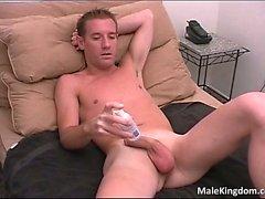 Nasty Homosexuell halb nackt und verkleidete