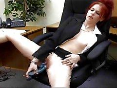 Mallory Redheaded Genç Büro Slut