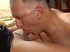Любительское Tgirl Сильвией и Old Man