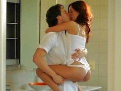 Sweethearts hungrig nach Sperma teilen sich einen riesigen dicken Ladestock